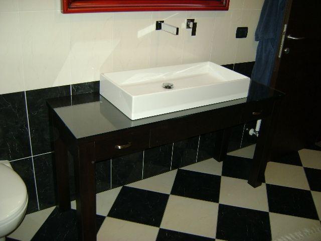 Bagno laccato nero con specchiera rossa rif. Alberto | Valente ...